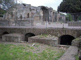 Thermae of Villa Adriana 25.jpg