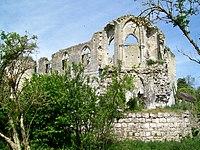 Thiers-sur-Thève (60), ruines du château, la chapelle depuis le sud-est.jpg