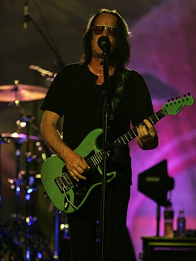 Picture of a band or musician: Todd Rundgren