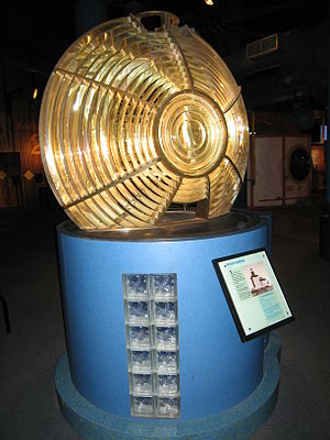 Imagination Station - Image: Toledo Harbor Lighthouse Fresnel lens