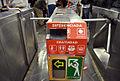 Torniquetes de acceso diferenciado en el Metro de la Ciudad de México..jpg