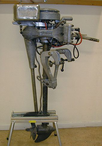 Bolinder's two-cylinder Trim outboard engine. Trim outboard engine.jpg