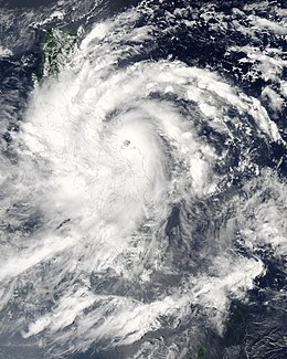 Typhoon Xangsane 27 sept 2006.jpg