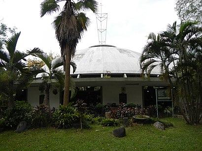 Paano pumunta sa Parish Of The Holy Sacrifice gamit ang pampublikong transportasyon - Tungkol sa lugar