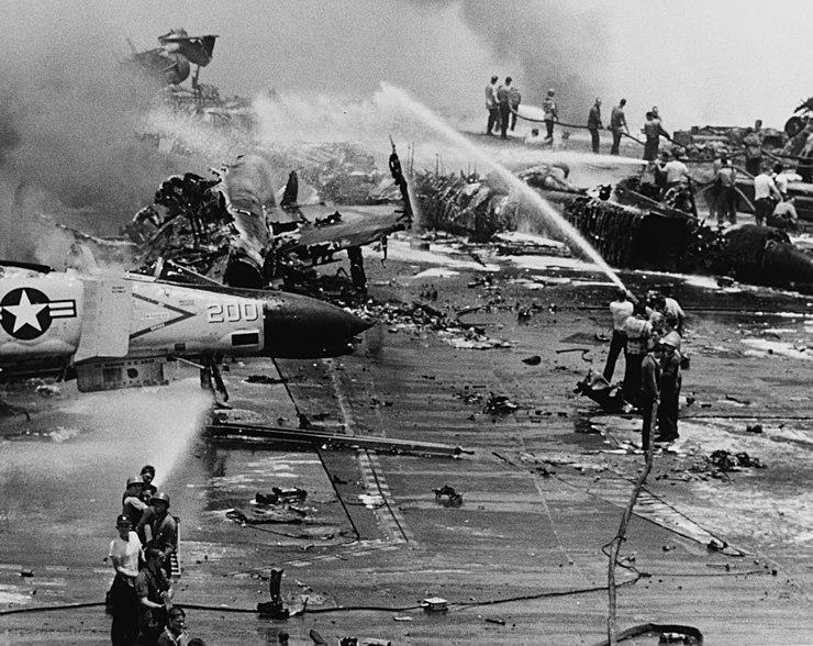 USS Forrestal explosion 29 July 1967