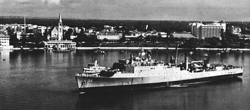 File:USS Spiegel Grove (LSD-32) at Dar es Salaam c1963.jpg