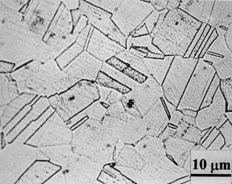 Unsensitised structure of type 304 stainless steel
