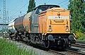 V100 202 271-3 van de BEG met ketelwagens (8852579817).jpg