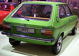 VW Polo LS I 1977 green hr TCE.jpg