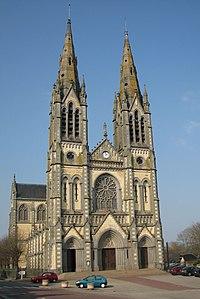 Vimoutiers - église Notre-Dame.JPG