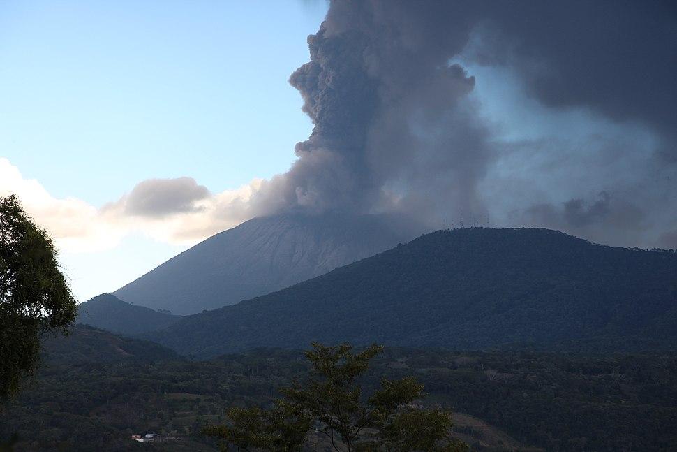Vulkan Chaparrastique, El Salvador 2013 01