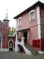 Vvedenskoe cemetery. Gospitalny entrance 2.jpg