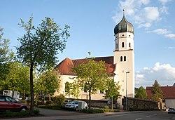 Westerstetten Pfarrkirche St. Martinus N 2010 05 17.jpg