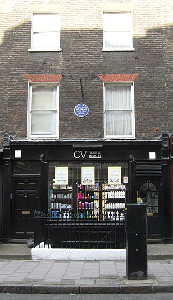Williams' blue plaque at 57 Marchmont Street Williams-marchmont-street.jpg