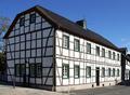 Witterschlick Fachwerkhaus (01).png