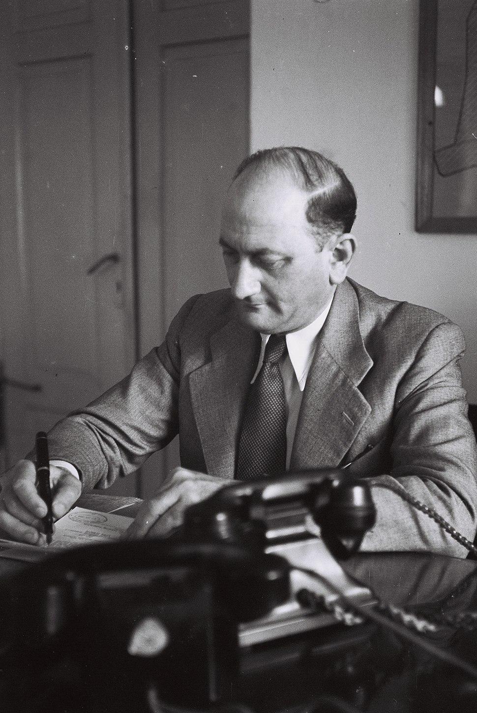 Yosef Sapir 1946 D841-096