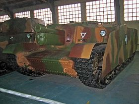 Zrinyi self-propelled gun.jpg