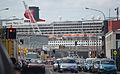 'Queen Mary 2', Wellington, New Zealand, 26th. Feb. 2011 - Flickr - PhillipC (6).jpg