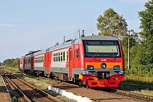 DT1 multiple unit - DT1-007 at Plyussa railway station