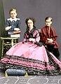 Мария Александровна с сыновьями Сергеем и Павлом.jpg