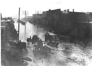 28 May Street - Image: Ул. Телефонная после дождя