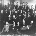 הרצל בין אנשי האופוזיציה (הפרקציה הדמוקראטית) בקונגרס הציוני ה- 5 1901-PHKH-1301055.png