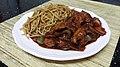 """طبق الدجاج الصيني الحلو الحامض """"تشاو مين الدجاج"""".jpg"""