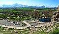 نمایی از بیستون و سراب بیستون - panoramio.jpg