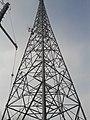 ソフトバンク鉄塔に併設されているウイルコム基地局.JPG