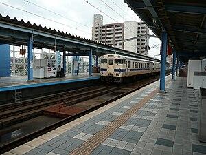 Miyazaki Station - Platforms