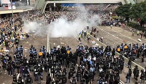 香港6-12警民大衝突
