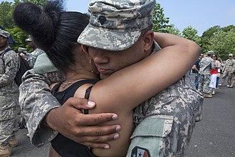 New Jersey Army National Guard - Image: 1 114th Soldiers reunite with families 150518 Z Al 508 004