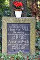 1858-1908 Königlicher Major Hans von Wick Ehrenritter Johanniterorden, Anna Schwarzkopf 1870-1955, Grabmal Stadtfriedhof Engesohde, Hannover.jpg