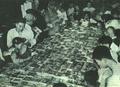 195109 1951年上海市民阅读连环画.png