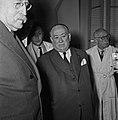 1957 Visite du ministre de l'agriculture Mr ANDRE DULIN au CNRZ-13-cliche Jean Joseph Weber.jpg