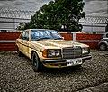 1982 Mercedes Benz W123.jpg