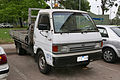1986 Ford Econovan Maxi LWB 2-door cab chassis (2015-11-11).jpg