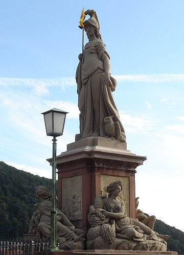 ハイデルベルクのAlte Brückeにあるミネルウァ像