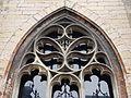 2016-Maastricht, St-Servaasbasiliek, Pandhof, oostelijke kloostergang, raam 2a.jpg