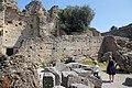 2017-04-10 04-14 Gardasee 194 Sirmione, Grotte di Catullo (33571848223).jpg
