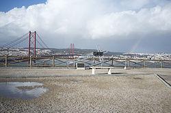 25 de Abril Bridge, Lisbon (11976940453).jpg