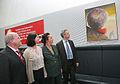 5. Juli 2011 Kunst im Fraktionssaal - Gregor Gysi stellt künstlerisch umgestalteten Clara-Zetkin-Saal vor (6).jpg