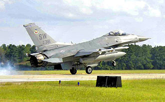 55th Fighter Squadron - 55th FS F-16C Block 50D 91-0375 landing at Shaw in December 2006