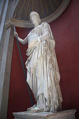 פסלה של הרה ותיקן