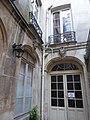 67 rue St-Jacques cour intérieure.jpg