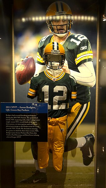 File:Aaron Rodgers (11282628205).jpg