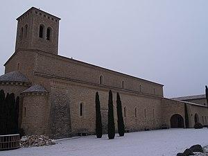 Le Barroux Abbey - Image: Abbaye Ste Madeleine du barroux