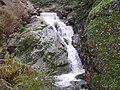 Agua en la roca - panoramio.jpg