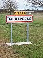 Aigueperse-FR-63-panneau-02.jpg