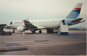 Airbus A320-211 (F-GHQJ) Air Inter - Grenoble-Saint-Geoirs 1993.jpg